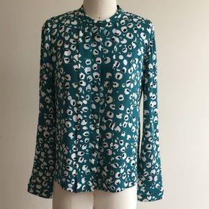 Women Dvf silk blouse size 2